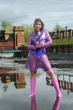 NEW - Funky yet simply designed our new PVC Raincoat is a festival must have. Long enough for total protection but short enough to show off those festival wellies! by kemo-cyberfashion. Vinyl Raincoat, Blue Raincoat, Plastic Raincoat, Pvc Raincoat, Spring Outfits Women, Fall Outfits, Cute Outfits, Kurta Designs, Vintage Beauty