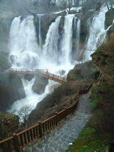 Sivas Turkije to the Wonderful Places, Beautiful Places, Places To See, Places To Travel, Paraiso Natural, Les Cascades, Reisen In Europa, Turkey Travel, Turkey Vacation