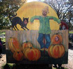scarecrow and black cat Halloween Photos, Holidays Halloween, Halloween Themes, Halloween Crafts, Halloween Decorations, Halloween Maze, Fall Festival Games, Halloween Festival, Fall Carnival