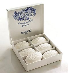 Oh I love how pure these soaps look! The look convinced me that these soaps are of premium quality!