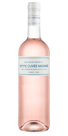 Stillsam och enkel i stilen, utan att för den sakens skull sakna finess. En lätt, hallondoftande rosé i provencestil. Perfekt till en sallad med getostgratinerade skivor av baguette. Känns rätt!