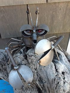 recycled metal crab