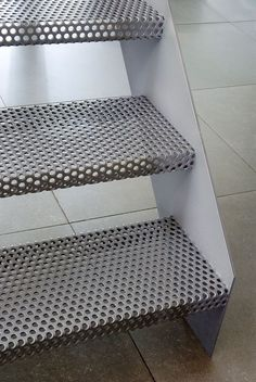 Escaliers métal perforé Perforated metal as riser tread Stair Handrail, Staircase Railings, Staircase Design, Staircases, External Staircase, Escalier Design, House Staircase, Steel Stairs, Exterior Stairs