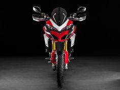 The 2016 Ducati Multistrada 1200 Pikes Peak makes us weak in the knees. Checkout these high-resoltuion images of the adventure-sport motorcycle. Ducati Multistrada 1200 S, Moto Ducati, Pikes Peak, Bike Design, Cool Bikes, Motorbikes, Bmw, Motors, Motorcycles