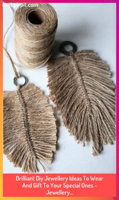 Homemade Jewelry, Diy Jewelry, Fashion Jewelry, Jewelry Ideas, Jewelry Rings, Diy Wood Stain, Feather Crafts, Idee Diy, Blog Deco