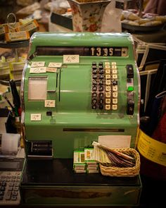 Old cash register...perfect