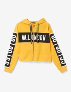 Sweat zippé london hoodie, wear with, white jeans, and black and white vans. Teenager Outfits, Outfits For Teens, Cool Outfits, Casual Outfits, Summer Outfits, Crop Top Hoodie, Cropped Hoodie, Sweater Hoodie, Teen Fashion