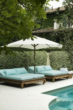 Having a pool sounds awesome especially if you are working with the best backyard pool landscaping ideas there is. How you design a proper backyard with a pool matters. Outdoor Rooms, Outdoor Gardens, Outdoor Living, Outdoor Decor, Outdoor Beds, Outdoor Lounge Chairs, Double Chaise Lounge Outdoor, White Lounge, Pool Chairs