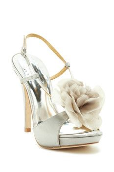 Badgley Mischka Zabrina Flower Sandal