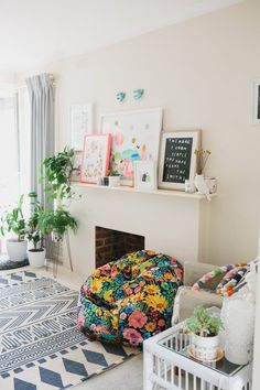 5 Hallmarks of a Creative Person's Home | Apartment Therapy