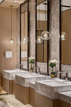 33 Gorgeous Bathroom Lighting Ideas - I bet you are dreaming to have that elegant bathroom like those of the bathrooms of the hotel rooms equipped with bathtub and other beautiful features. Restroom Design, Bathroom Interior Design, Interior Modern, Marble Interior, Bathroom Styling, Bathroom Lighting, Bathroom Ideas, Bathroom Organization, Bath Ideas