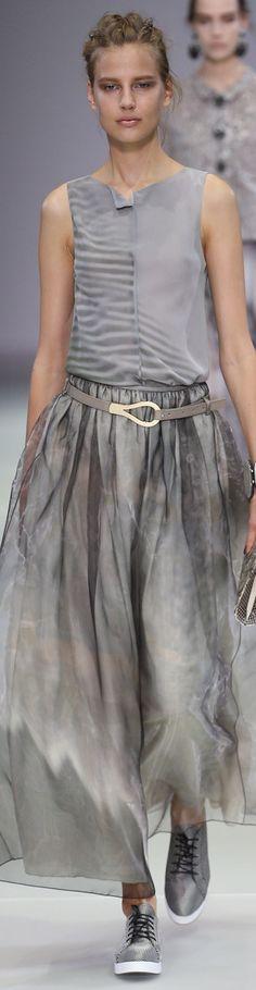 Giorgio Armani Spring 2015 Мода От Кутюр, Подиумная Мода, Модный Показ,  Женская Мода 3a8e0f353de