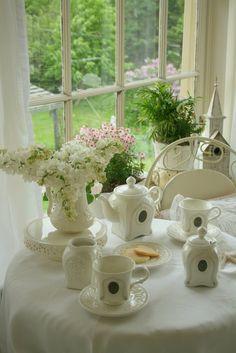 aiken house gardens a simple white tea