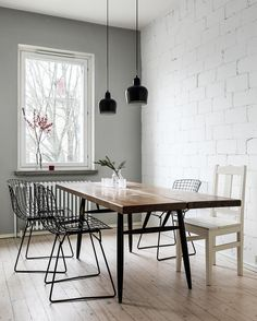 Modern Room Decor, Stylish Home Decor, Brick Wall Kitchen, Rooms Ideas, Best Online Furniture Stores, Modern Dining Table, Dining Room Design, Minimalist Home, Elle Decor