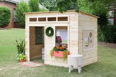 Easy Kids Indoor Playhouse - Learn how to build a fun and magical indoor playhouse for your kids! Free plans and tutorial by Jen Woodhouse. Maybe for the kids tree house treehouse