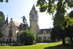 Ferienhaus Schloss Seeheim. Dieses exklusive Feriendomizil mit Seeblick erstreckt sich über ein Areal von ca. 10.000 m². #lake #travel #holidays #Urlaub #Sommer #Sonne #summer