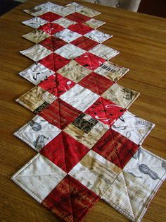 Table runner: fabric and tutorial from Missouri Star Quilt Company.