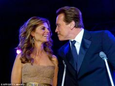 Maria Shriver and Arnold Schwarzenegger smile during the 2007 Governor's…