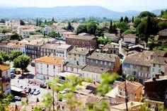 en fredag i Provence bland getter och rosévin.