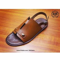 Best Sandals For Men, Gladiator Sandals For Men, Black Leather Sandals, Leather Slippers For Men, Pretty Sandals, Aesthetic Shoes, Shoe Pattern, Huarache, Fashion Sandals