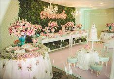 Decoração Floral de Chá de Bebê Floral;