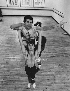 Singer Freddie Mercury (1946 - 1991) of British rock band Queen attends a ballet class in Covent Garden, London, 3rd October 1979.