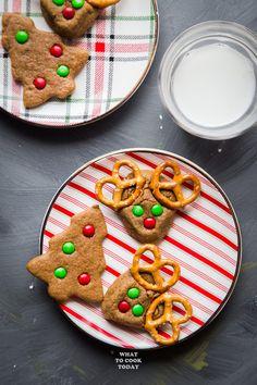 Coconut Oil Gingerbread Red Nosed Reindeer #gingerbread #christmas #cookies #reindeer #cutefood