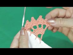 💯PUNTILLA PARA SERVILLETA FACIL // ORILLA TEJIDA UNA VUELTA🥢 - YouTube Crochet Edging Patterns, Crochet Lace Edging, Crochet Borders, Crochet Patterns For Beginners, Crochet Doilies, Crochet Flowers, Picot Crochet, Crochet Needles, Hand Crochet