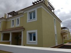 Golden 16 - 3 Bed Villa for rent in Corralejo Fuerteventura sleeps up to 6 from £499 / €560 a week