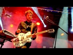 ▶ Kodaline - Brand New Day at Reading Festival 2013 - YouTube
