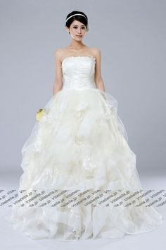Wedding Dress, Strapless Wedding #Dress, Organza Wedding Dress, #Wedding #Gown