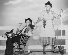 I loved to watch old movies when I was a kid (still do!)  Who didn't love Ma & Pa Kettle....???  Percy Kilbride & Marjorie Main