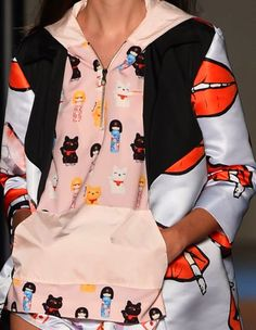 patternprints journal: PRINTS, PATTERNS AND SURFACE EFFECTS: BEAUTIFUL DETAILS FROM MILAN FASHION WEEK (WOMAN COLLECTIONS SPRING/SUMMER 2015) / Au Jour Le Jour.