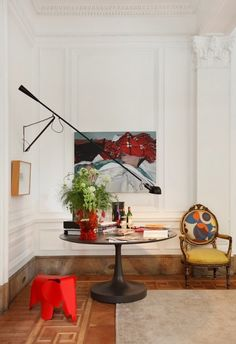 35 Eclectic Interior Design Ideas ➤ http://carlaaston.com/designed-daily/eclectic-interior-design-ideas-color-matching-designer-gift #lighting