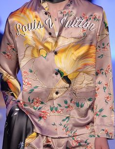 patternprints journal: PRINTS, PATTERNS, TEXTURES AND TEXTILE SURFACES FROM MENSWEAR S/S 2016 COLLECTIONS / PARIS CATWALKS Louis Vuitton.