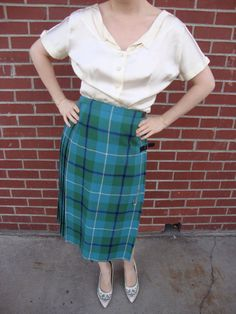1950s 1960s Olive and Teal Plaid Wool Kilt Skirt Pin Up Bombshell Secretary Skirt Mosbrook Made in GT. Britain