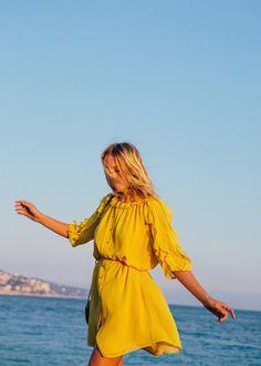 Sézane - Robe Adèle www.sezane.com #sezane #sezaneontheroad #girlsontheroad #zippyontheroad #capsuledavril #rendezvousle12avril