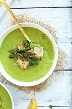 Creamy Asparagus and Pea Soup