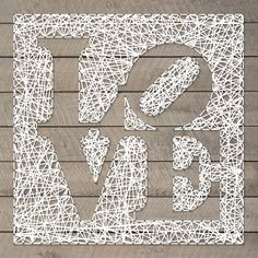 String-art pattern sheet LOVE (designed by Robert Indiana) 50 x 50cm available at spijkerpatroon.nl