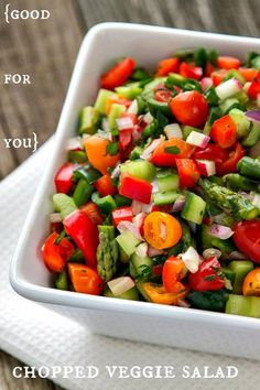 it's so easy to eat healthy all week long with this easy base for delicious, healthy salads!