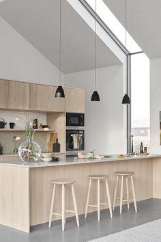 Kitchen Design Open, Luxury Kitchen Design, Contemporary Kitchen Design, Interior Design Kitchen, Modern Kitchen Designs, Modern White Kitchens, Modern Small Apartment Design, Home Design, Design Ideas