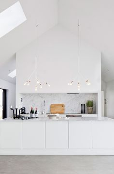 All white kitchen / interior decor / decoration / marble / modern Kitchen Interior, Interior, Kitchen Room, Kitchen Remodel, Contemporary Kitchen, House Interior, Home Kitchens, Kitchen Style, Kitchen Design