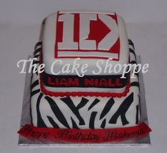 One Direction Birthday Cake - a lot of ideas. Links to toppers. wht kind of cake rickii want for her birthday Monster Birthday Parties, 13th Birthday Parties, Teen Birthday, Birthday Cake Girls, Happy Birthday, Birthday Cakes, Birthday Stuff, Birthday Ideas, One Direction Birthday
