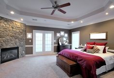Check out these 101 incredible modern master bedroom design ideas. All colors and layouts along with many decorating ideas in this epic gallery collection of photos. Modern Master Bedroom, Master Bedroom Design, Dream Bedroom, Home Bedroom, Bedroom Ideas, Bedroom Ceiling, Large Bedroom, Master Bedrooms, Bedroom Decor