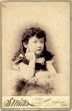Cabinet Card - Smith's