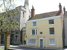 House Where Jane Austen Died Jane Austen spent the last few weeks of her life in this house, and died on 18th July 1817. The house, in College Street, Winchester is not open to the public.