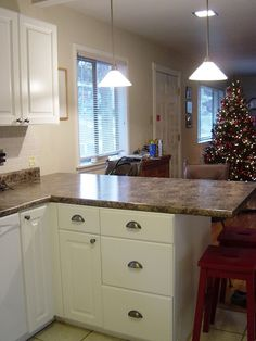 These formica countertops look a lot like granite!
