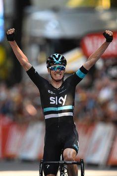 Chris Froome wins stage 8 Tour de France 2016  AFP / LIONEL BONAVENTURE
