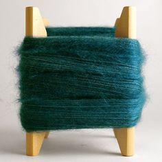 Mothers' shawls yarn