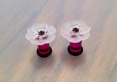 2G Pink Bell Flower Plugs with Fuchsia by PerfectionPetals on Etsy, $20.00